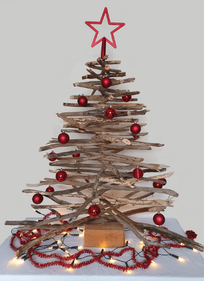 nachhaltiger-weihnachtsbaum-aus-treibholz2